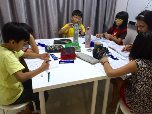 Punggol English Math Science Tuition Small Group Female Tutor