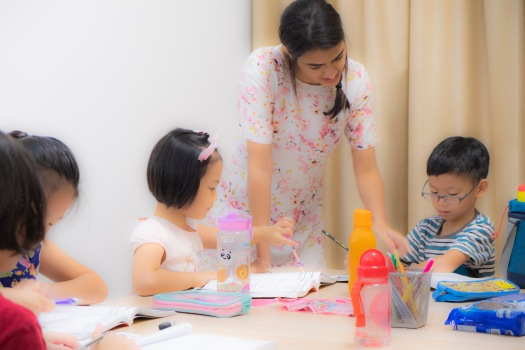 Punggol Small Group Tuition Female tutors teaching English Math Science
